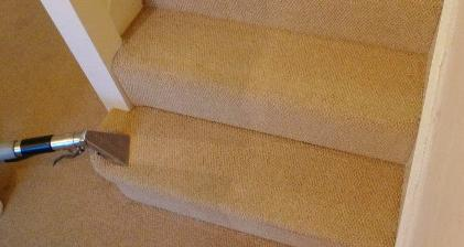 Carpet Cleaning on the Stairs